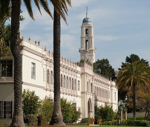 Founders Hall on the campus of the University of San Diego.