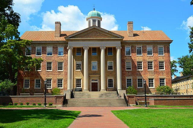 University of North Carolina at Chapel Hill - Best Large Colleges