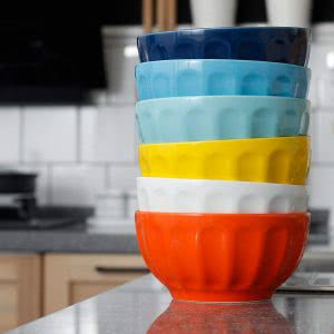 Sweese porcelain fluted bowl set. Click to view its Amazon page.