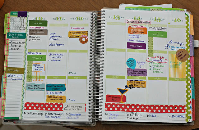 A college student's busy schedule in a weekly planner.