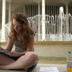 There are pros and cons of taking summer classes that you should consider