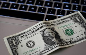 Is crowdfunding to pay off student loans feasible