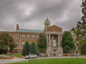 Z. Smith Reynolds Library at Wake Forest University with students walking on the foreground.