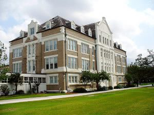 Top 25 Best Colleges in the Southeast - Tulane University at Louisiana