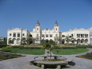 Top 10 Colleges for Women in Business - University of San Diego