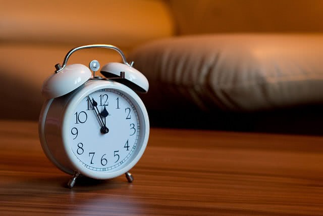 An alarm clock - something to add to your checklist for early action or early decision applications