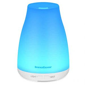 Blue gradient cylindrical InnoGear Aromatherapy humidifier. Click to view its Amazon Page.