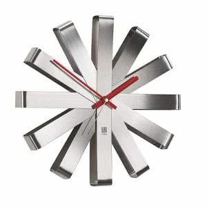 Umbra modern clock