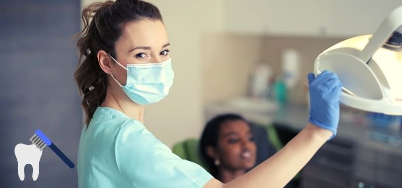 A dentist considering her undergraduate major